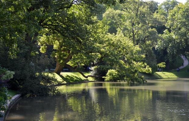 buttes-chaumont-lac
